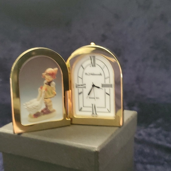 M.J. Hummel small clock gold tone